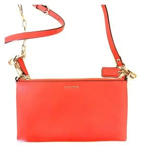 Coach cross body with card slots
